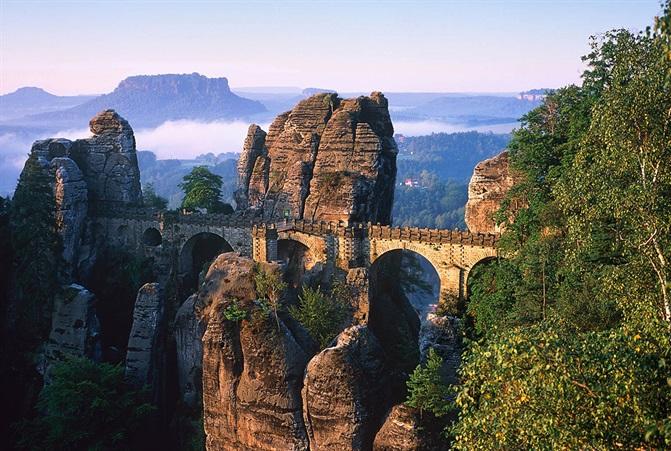 Foto von der Bastei in der Sächsischen Schweiz